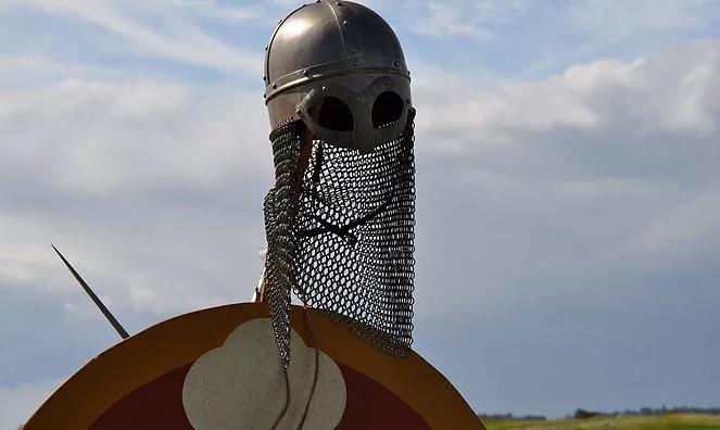 Rökstenen på vikingatiden